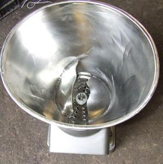 Używane Krajalnico-wiórkownica z wymiennymi tarczami