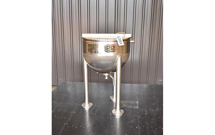 USED 20 GALLON JACKETED KETTLE, STAINLESS STEEL