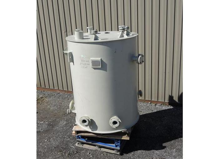 Used USED 600 GALLON TANK, POLYPROPYLENE