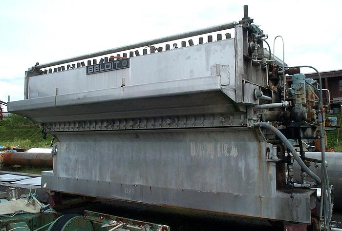"Used 180"" (4.57M) BELOIT S/S AIR PADDED HEADBOX"