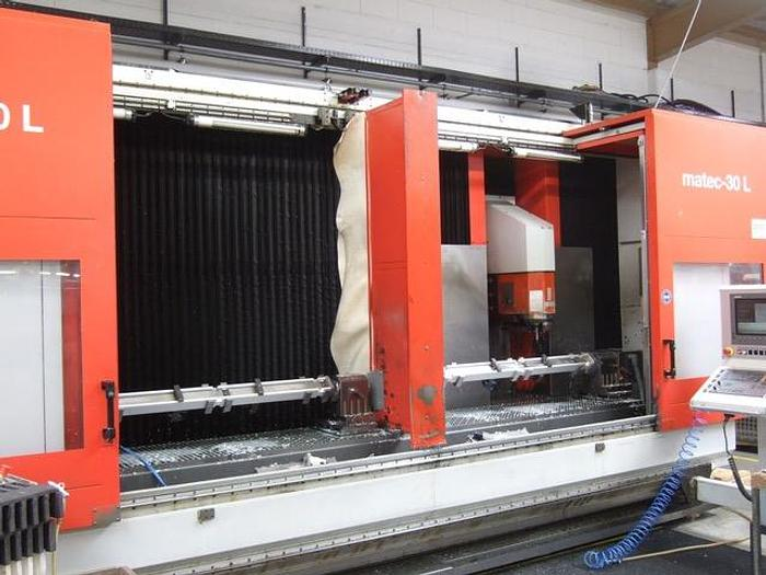 2005 CNC Bearbeitungszentrum  Matec 30 L