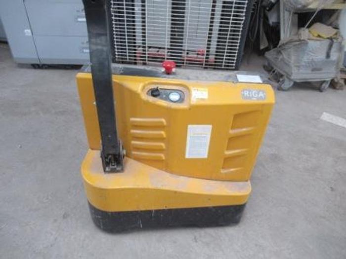 Usado 2018 ELECTRIC STACKER ETIOS 3000