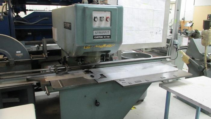 Strippit Custom Model 18-30 Punching Machine 5461