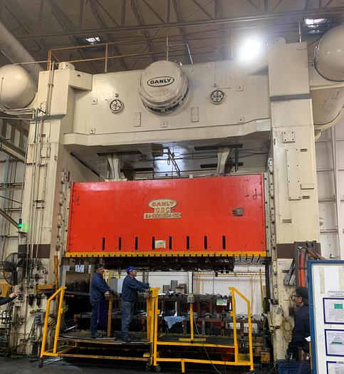 Used 1000 ton Danly Stamping Press