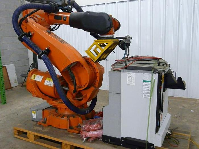 Used ABB IRB 6640-235/2.55 CNC 6 AXIS ROBOT WITH IRC 5 CONTROLLER