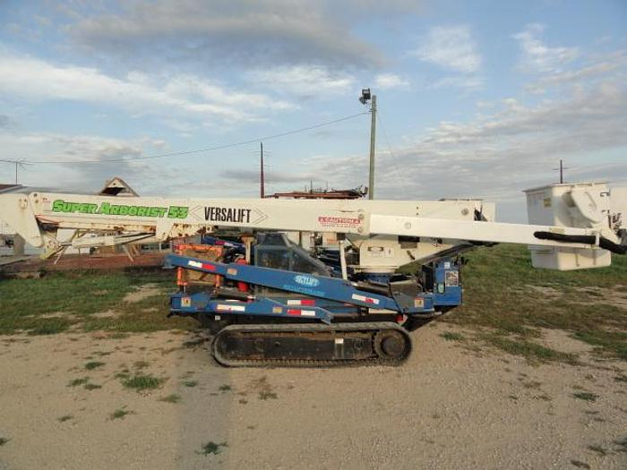Used 2012 skylift/ versalift SUPER ARBORIST 53/VST521