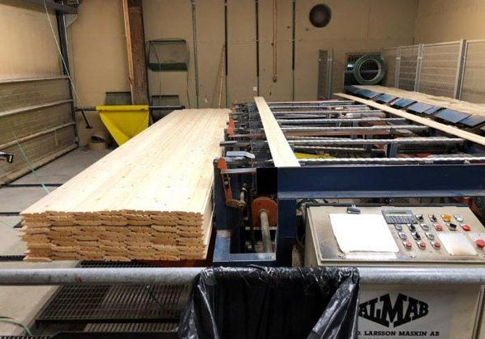 Used Moulder line with Waco attack 1000