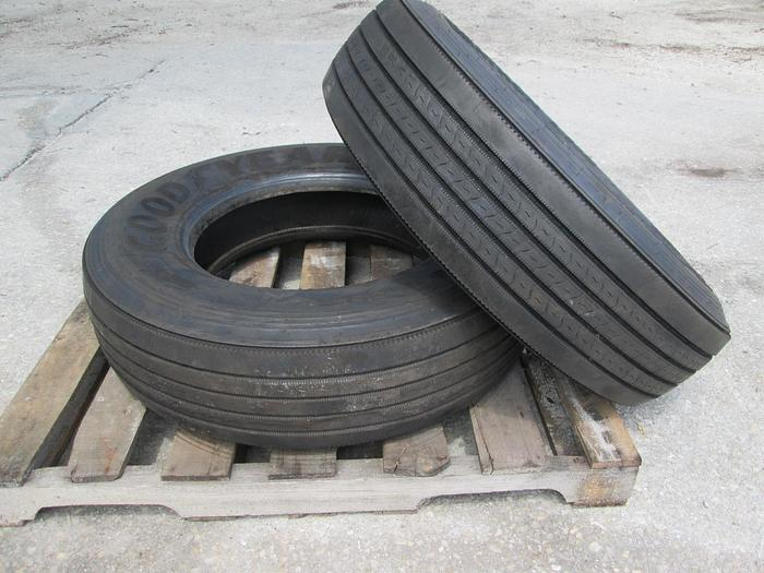 Used Semi Steer Tires 295/75R 22.5