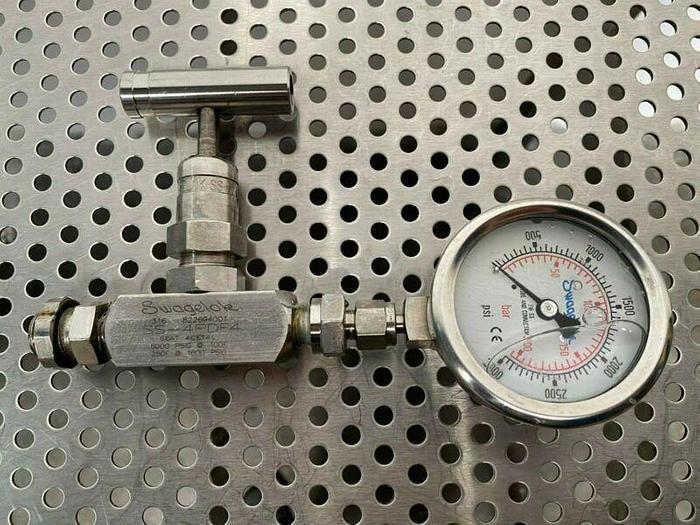 Used Swagelok SS-4PDF4 Bonnet Needle Valve w/ Swagelok 3000 PSI Gauge