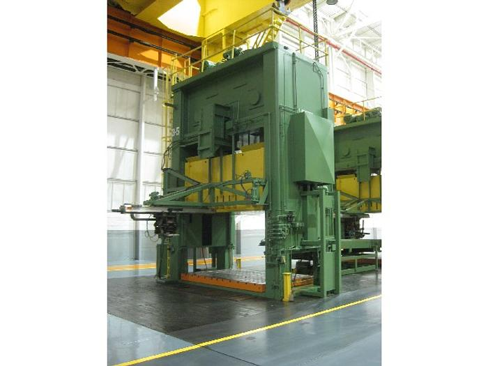 600 ton Verson (3) Press Tandem Line