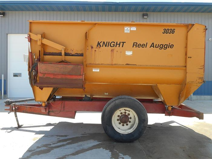 Used KNIGHT 3036 Horizontal TMR Mixer