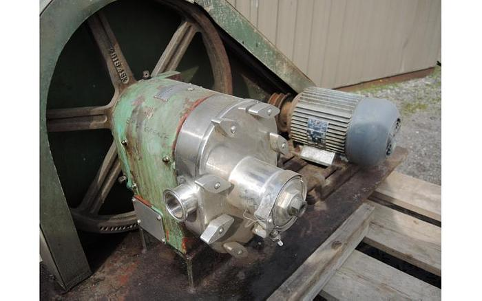 """USED TRI-CLOVER ROTARY LOBE PUMP, 1.5"""" INLET & OUTLET, STAINLESS STEEL"""