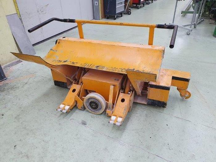 Gebraucht Item#005518 01 Genkinger Kettbaumtransportwagen, typ B-KHUM 10/8