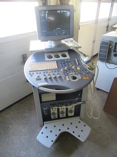 Gebraucht 2005 ULTRASCHALLGERÄT GE VOLUSON 730 PRO V