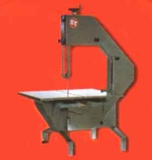 Używane Piła taśmowa ze stołem rolkowym, do rozbioru półtusz i ćwierćtusz