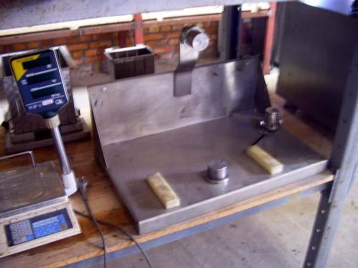 Używane Stół do wyważania noży do kutrów - firmy Kremer Grebe
