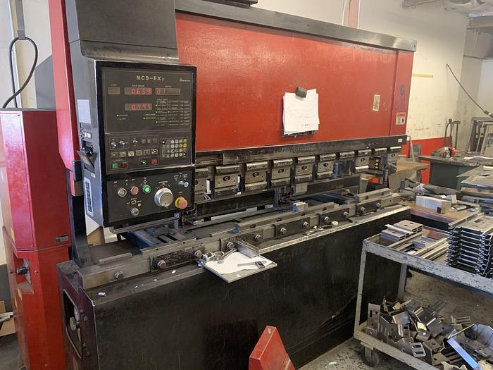 1991 88 Ton Amada FBD-8025E CNC Press Brake