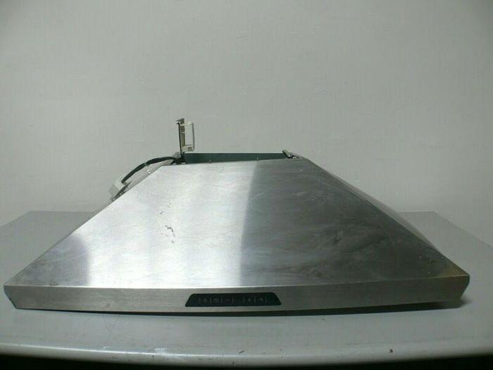 """Used Thermador HMCN36FS 36"""" Masterpiece Series Pyramidal Style Chimney Wall Hood"""
