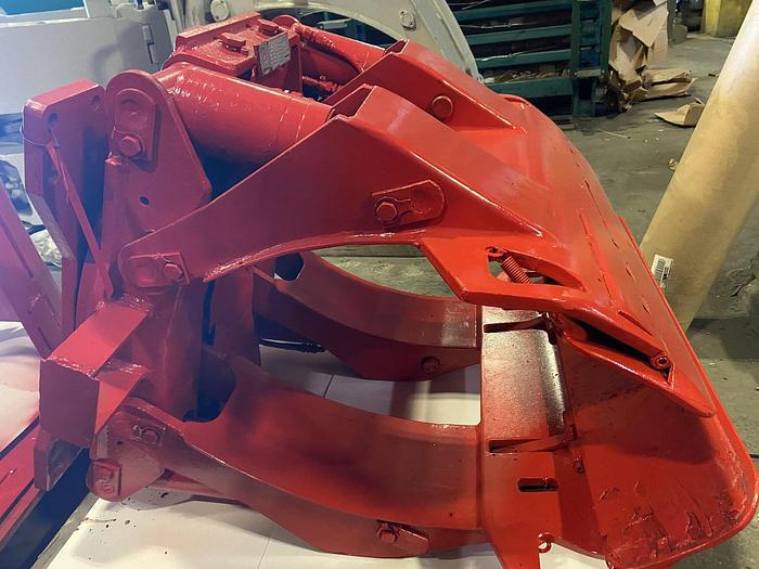 "Used 52"" BOLZONI-AURAMO PAPER ROLL CLAMP RA-30W"