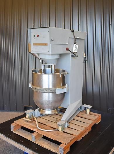 Used USED BEAR R100 VARIMIXER WITH SCRAPER, 100 QUARTS