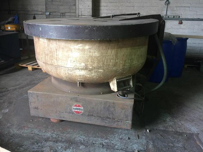 Used 1988 Cetema ST22 TMS Vibratory Bowl