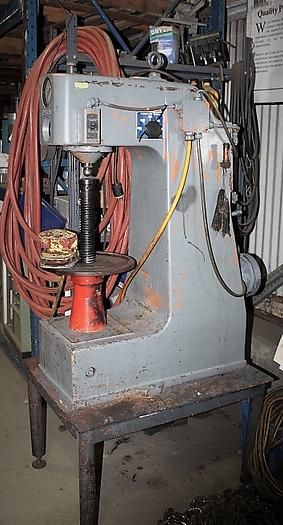 DETROIT DH2 HARDNESS TESTER