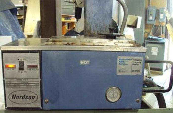 Used Nordson Hot Melt 5 HM V Glue Applicator System