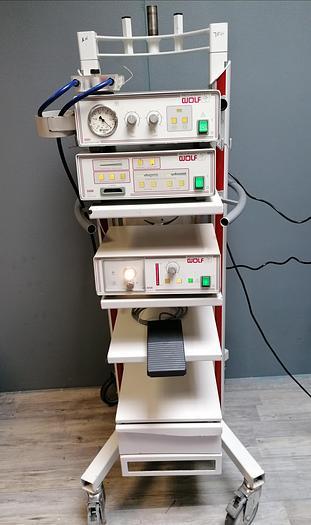 Gebraucht Richard Wolf Gerätewagen mit 2201 Saugpumpe, 5500 CCD Endocam Kamera-Einheit und 4250 Auto Lp Lichtquelle