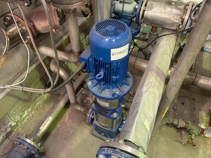 Used 2004 LOWARA 33SVO3 / 2AG055T Vertical Multistage Pump