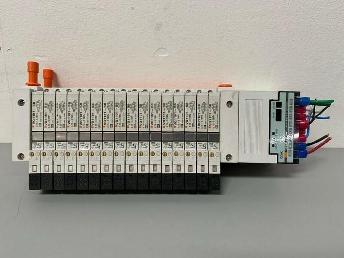 Used SMC VQ1101-5B Solenoid Air Control Valve 0.15~0.7MPa