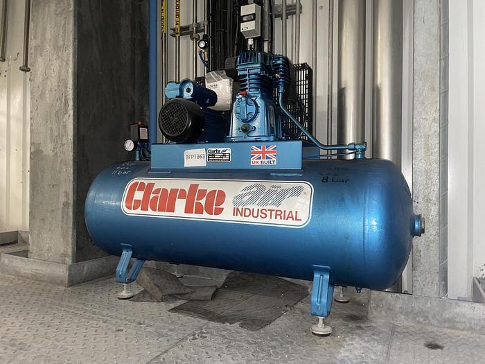Used CLARKE SE18C200 Compressor