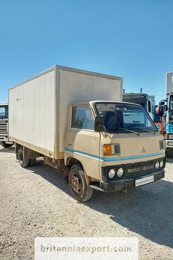 Used 1981 MITSUBISHI Canter FE110 2.7 diesel isothermic box van