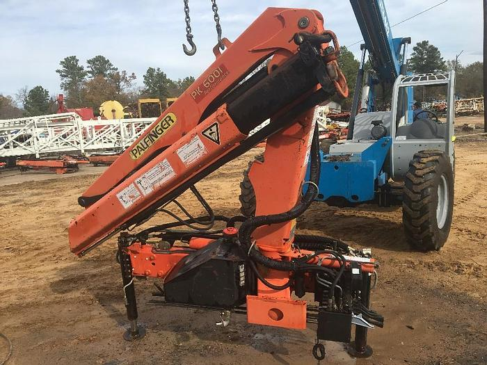 PK 6001 Performance Technical Specifications (EN 12999 H1-B3) Max. lifting moment 5.4 mt/53.0 kNm 39080 ft.lbs Max. lifting capacity 3300 kg/32.4 kN 7280 lbs Max. hydraulic outreach 11.2 m 36? 9?? Max. manual outreach 12.9 m 42? 4?? Slewing ...
