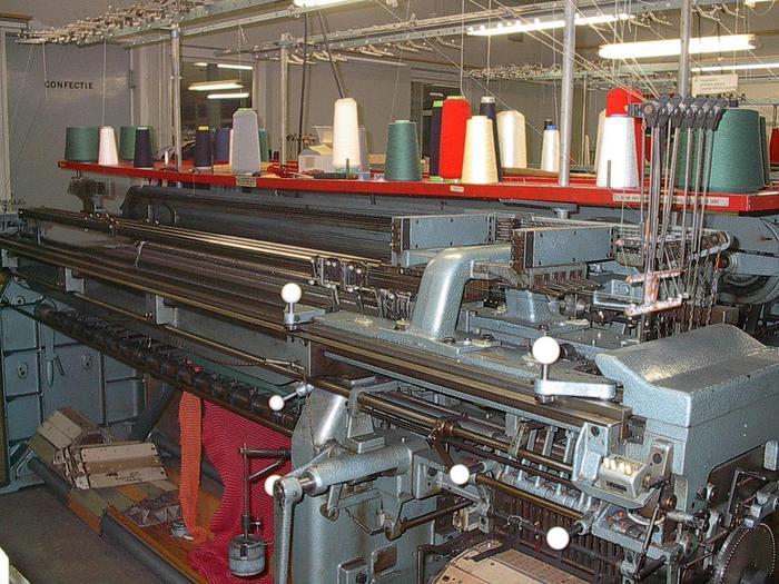 Gebraucht Links-Links Flachstrickmaschine STOLL  LIFADO/C E10/170