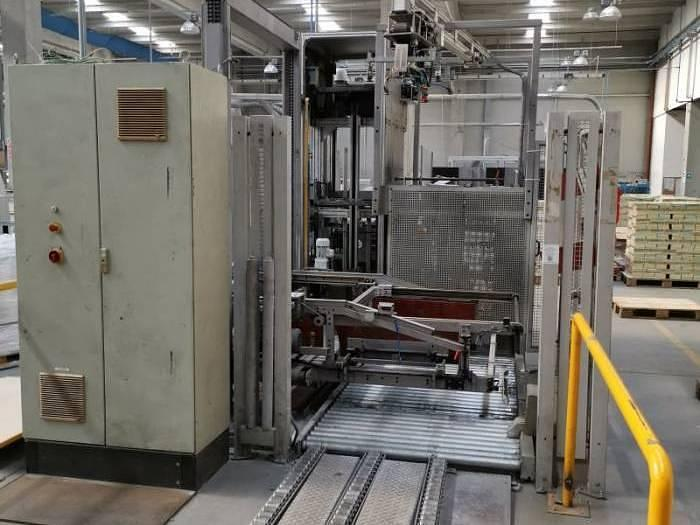 Used WST Doctor palletizer | 2001
