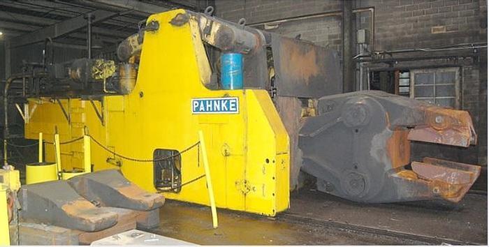 Used Pahnke FM25/64Manipulator
