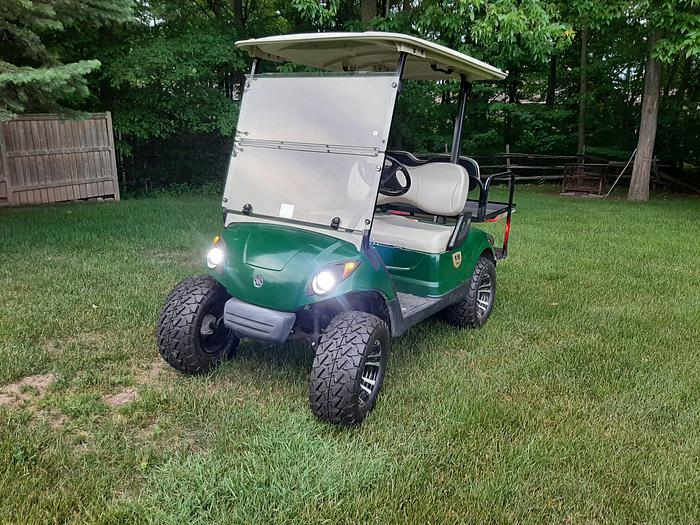"Used 2010 Yamaha Gas Golf Cart with 3"" lift"