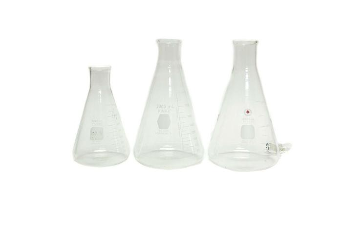 Used Pyrex 1000ml Kimax 2000ml Pyrex 2000ml Erlenmeyer Flask Lot of 3 (5129)