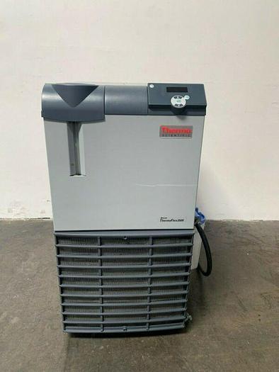 Used Thermo Scientific ThermoFlex 3500 Recirculating Chiller +5°C to +35°C 200-230 V