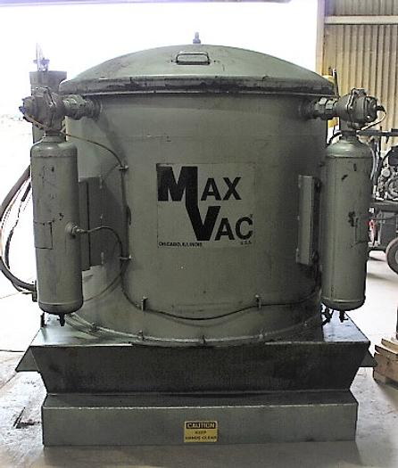 Used DEMARCO MAX VAC VACUUM CLEANING MACHINE