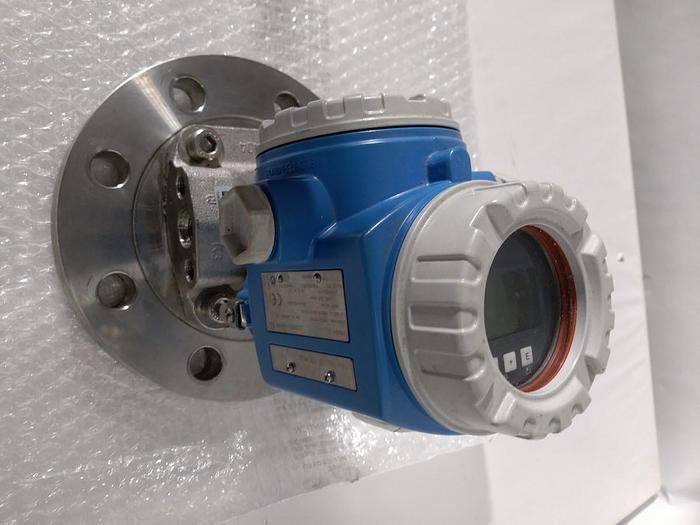 Gebraucht Digitaler Differenz Drucktransmitter Deltabar S FMD76-1MJ7F1MBAA, Endress und Hauser