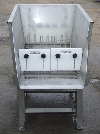 Używane Rynna (podajnik) wibracyjna ze szczeliną sortująco-ociekową