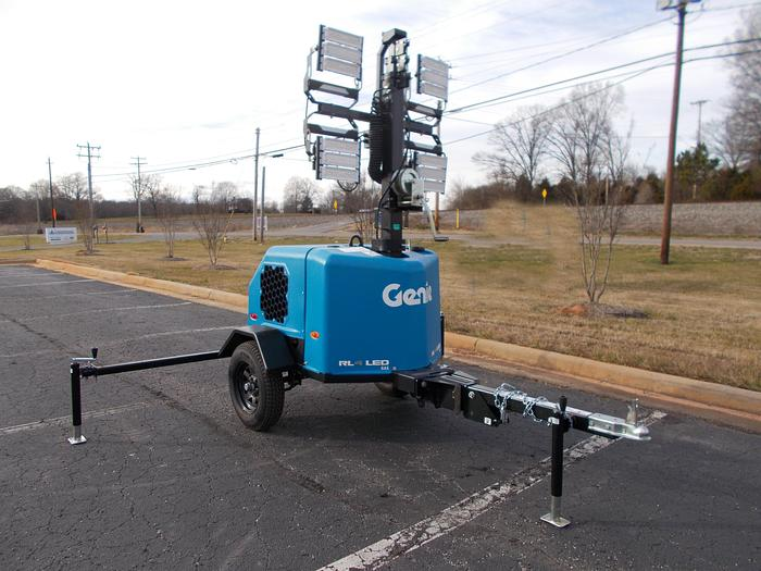 Used 2019 GENIE RL4 Towable Gas Light Tower