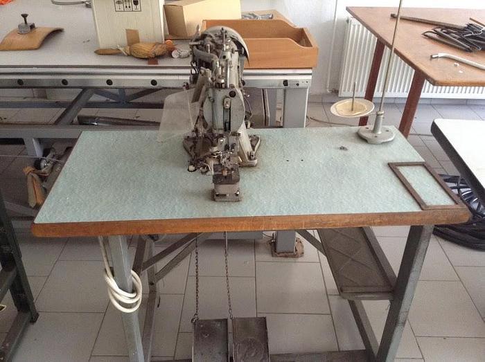 Gebraucht Knopfannähmaschine DÜRKOPP  Kl. 566-175-16 --
