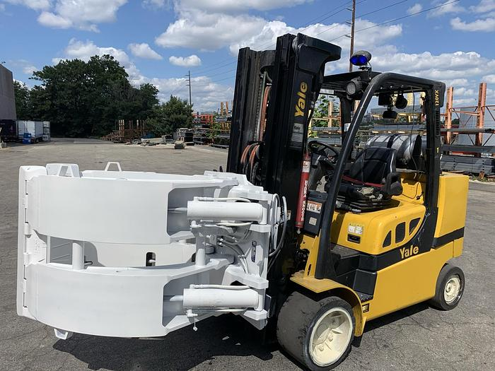 """Used 12,000 POUND YALE ROLL CLAMP TRUCK W/ 72"""" CLAMP"""