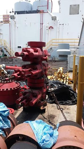 Cameron Blowout Preventer (H2S rated) 13-5/8 Full set