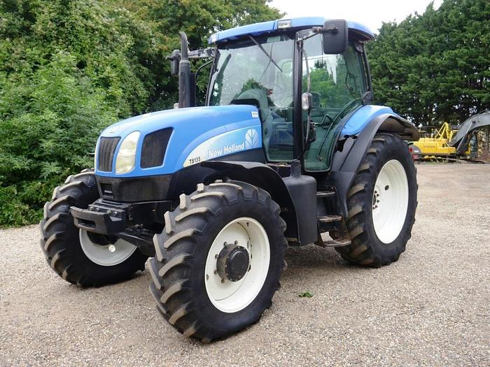 Used New Holland TS135A 4wd Tractor