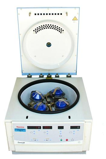 Used Thermo Electron IEC Centra GP8 Centrifuge With 216 Rotor and Buckets (7762)W