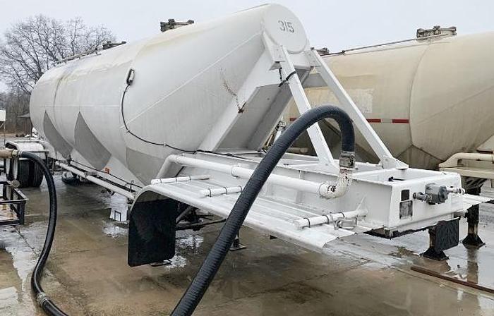 Used 1967 Fruehauf Cement Tanker