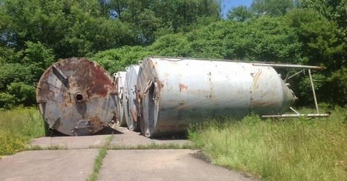 Used Heavy Duty Halliburton Silos (3)